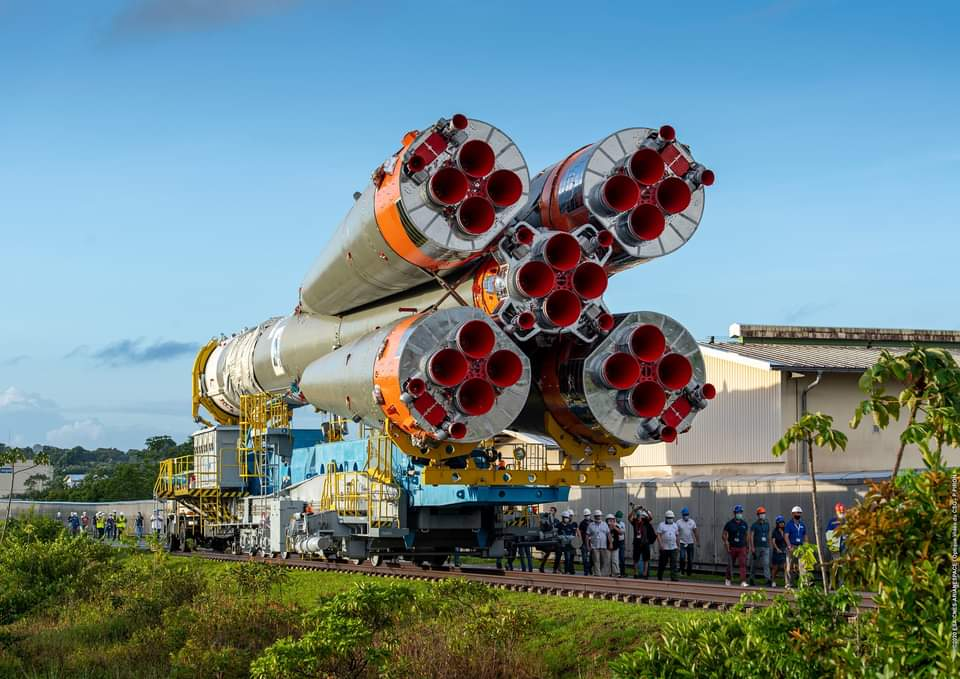 Soyuz rocket ready to launch with UAE's Falcon Eye 2 military satellite