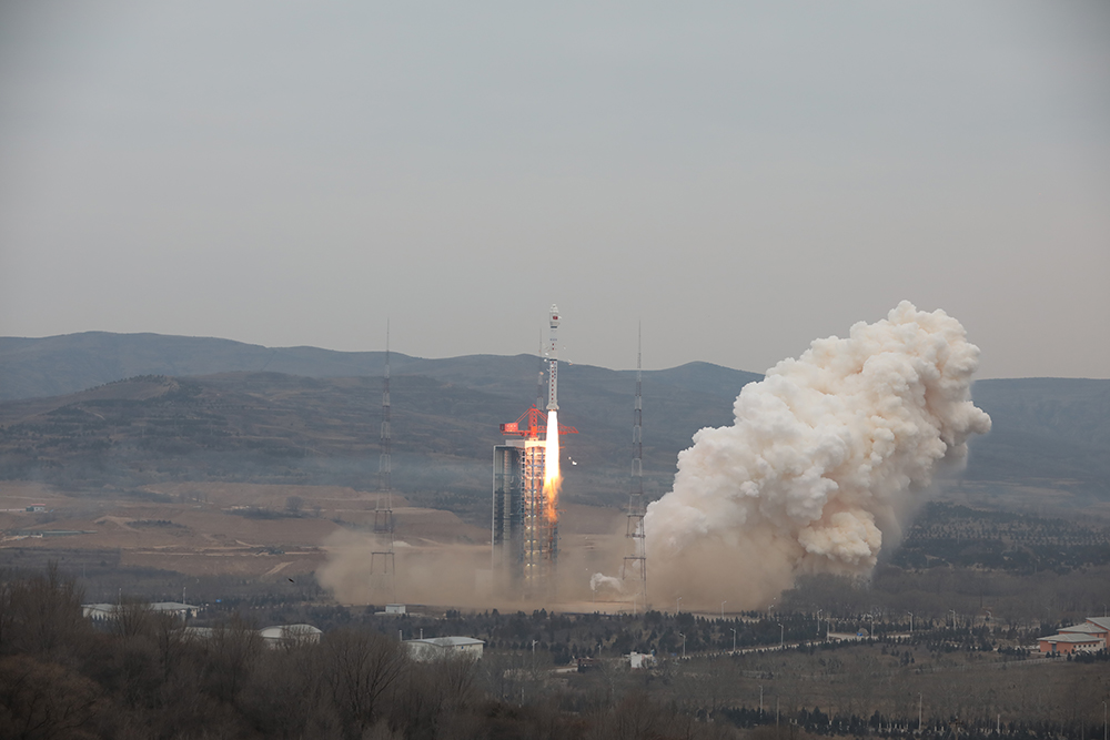 China lofts three military Yaogan satellites in Chang Zheng 4C launch