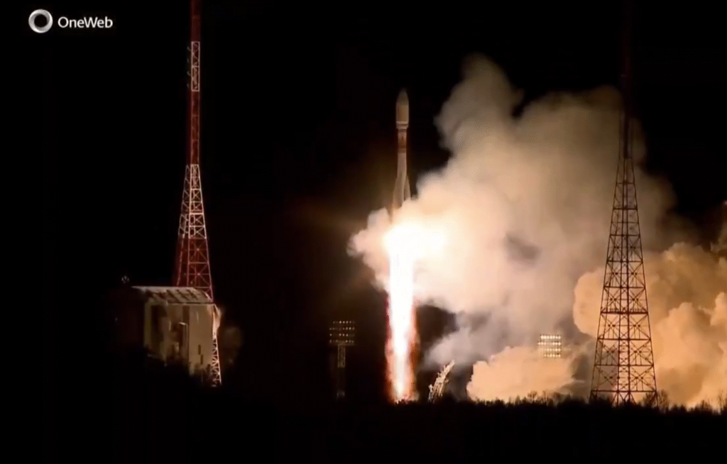 Arianespace launches 36 OneWeb satellites from Russia for the U.K.